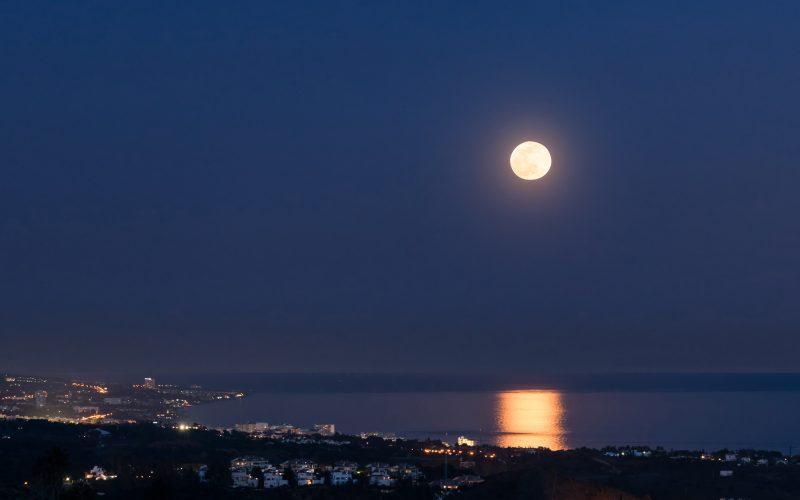 The Coast at Night | El Madroñal